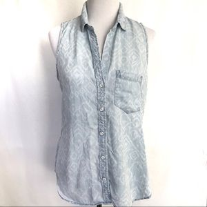 Anthropologie Cloth& Stone Sleeveless Chambray Top